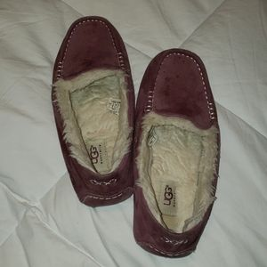 Uggs slipper shoes